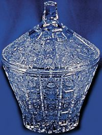 Najväčší obrázok výrobku Krištáľová dóza 18 cm